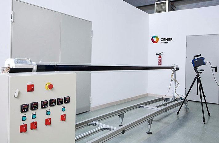 Uno de los principales problemas detectados en las centrales termosolares de tecnología CCP afecta al nivel de vacío del espacio anular entre el tubo absorbedor interior de acero y el tubo exterior envolvente de vidrio