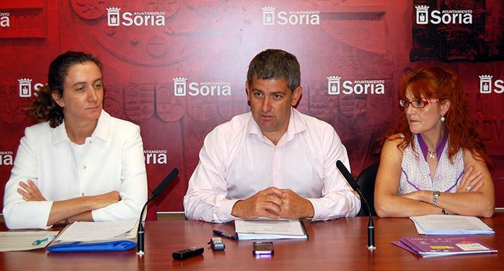 Un momento del acto celebrado en el Ayuntamiento de Soria
