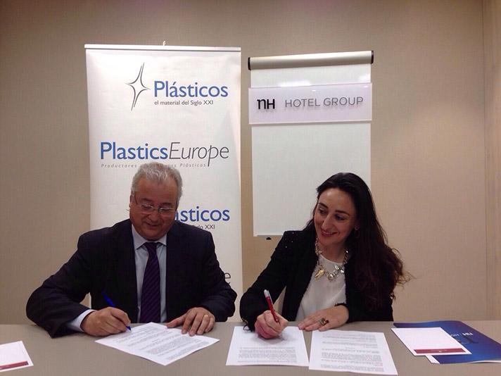 Ambas entidades han firmado un acuerdo de colaboración para fomentar la concienciación medioambiental entre los clientes de NH Hotel Group en España
