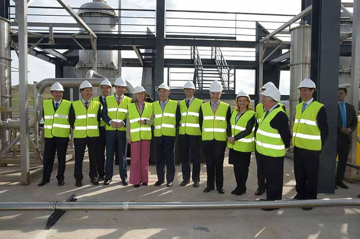 Visita de la planta de Barajas de Melo por parte de las autoridades y responsables del proyecto