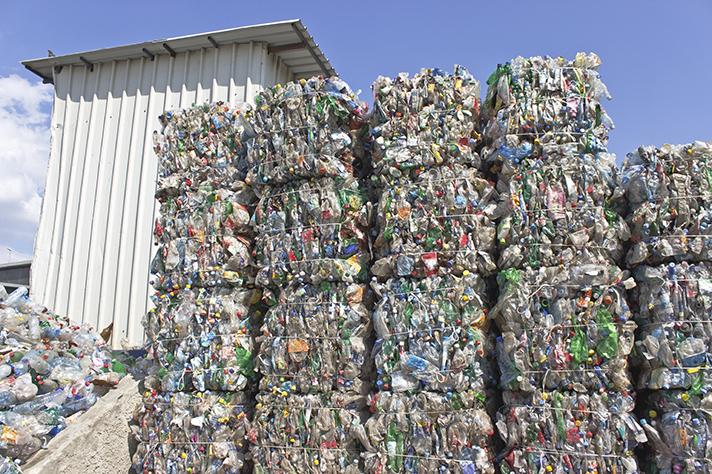Al 86,1% de los encuestados les gustaría que en España estuviera prohibido llevar al vertedero residuos que se puedan reciclar