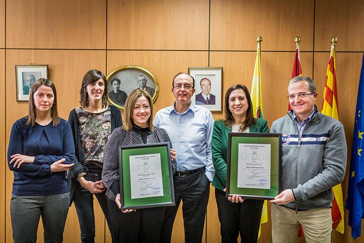 AENOR ha entregado el certificado que acredita la veracidad del cálculo de la huella de carbono en la producción de pistachos y nueces Pizarro