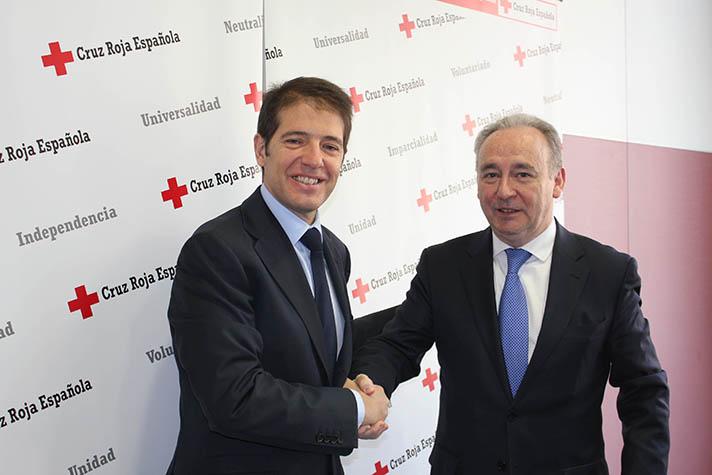 Óscar Martín, consejedo delegado de Ecoembes, y Leopoldo Pérez, secretario general de Cruz Roja Española