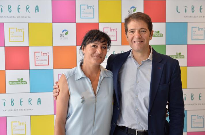 Asunción Ruiz, directora ejecutiva de SEOBirdLife y Óscar Martín, consejero delegado de Ecoembes