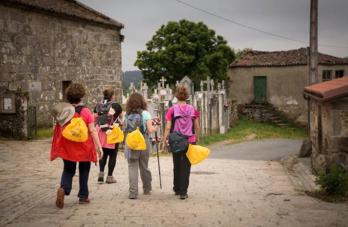 La campaña buscaba incentivar el reciclaje entre los caminantes y evitar así que los residuos queden abandonados en la naturaleza