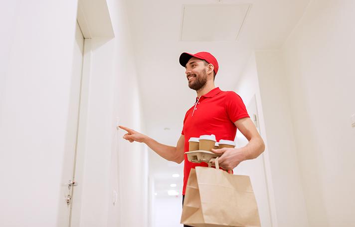 Siete de cada diez minoristas de los sectores de moda y complementos, regalo, zapaterías, equipamiento del hogar y ópticas ya utilizan bolsas de papel