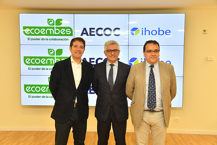 Una foto del acuerdo entre AECOC, Ecoembes y el Gobierno Vasco