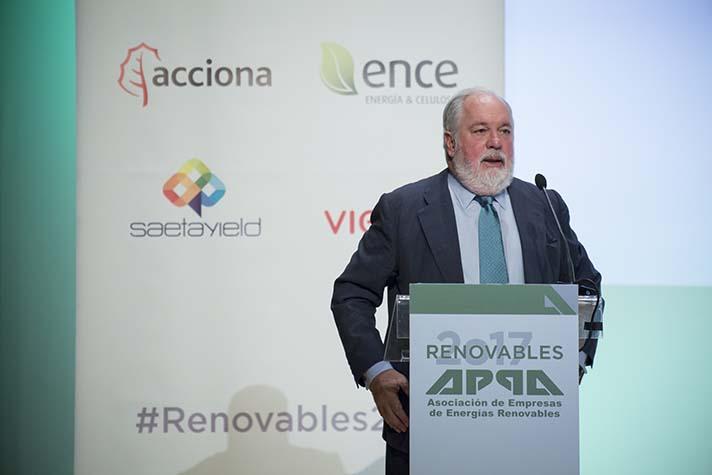 Miguel Arias Cañete, Comisario de Acción por el Clima y Energía