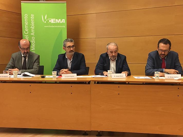 """Presentación del informe sobre """"Reciclado y valorización de residuos en la industria cementera en España"""""""