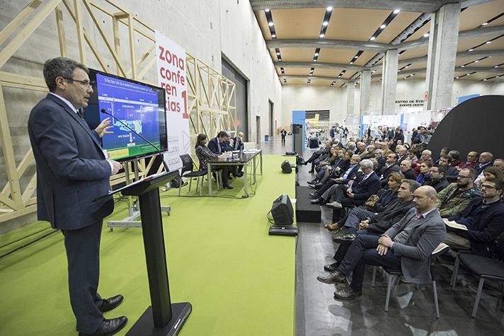 Ecofira pone a disposición de sus expositores una zona exclusiva de presentaciones en la que pueden mostrar sus últimas innovaciones y proyectos