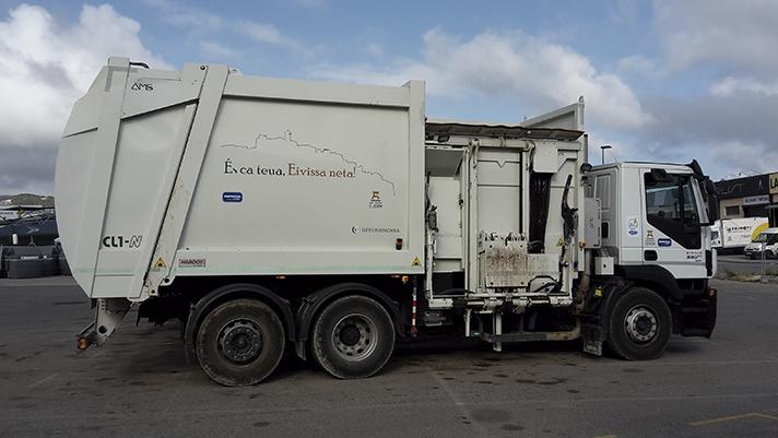 Flota de diez vehículos de recogida de residuos de Geesinknorba en Ibiza