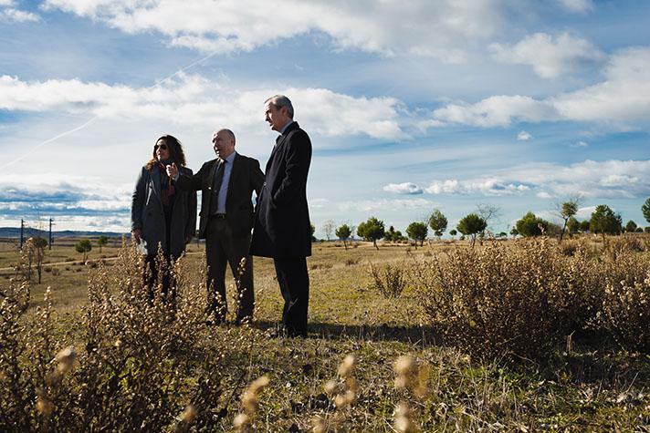 Representantes de SIGAUS con Isabel Mesas, Concejala de Medio Ambiente de Villalbilla
