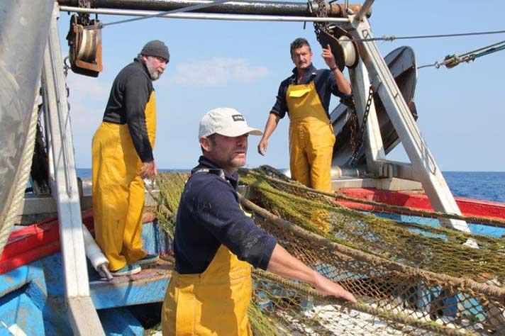 ARVI recicla los residuos pesqueros para la industria textil