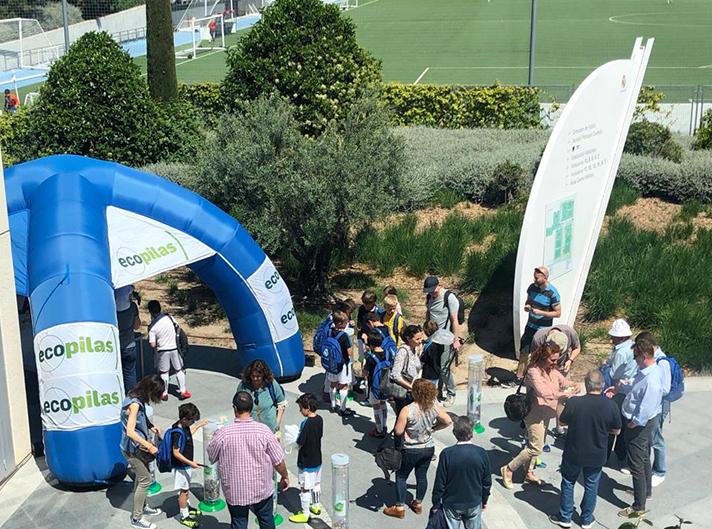 Ecopilas inaugura su campaña de recogida estival en eventos deportivos con 710 kilos de pilas reciclados