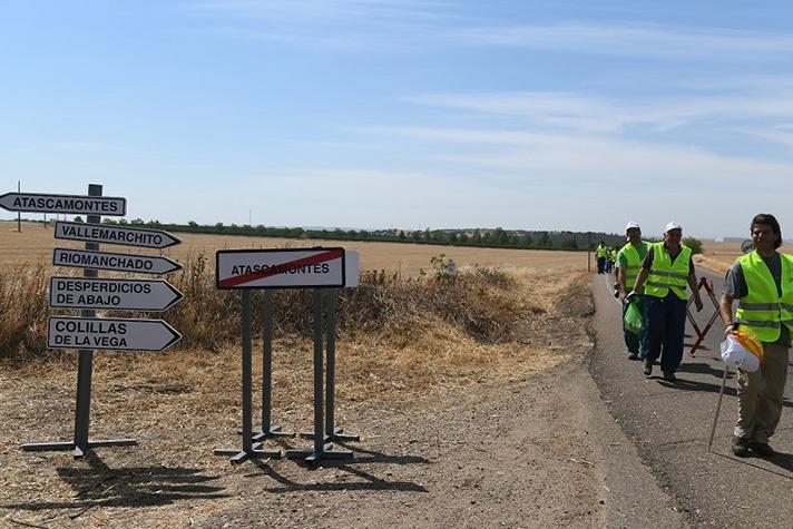El proyecto LIBERA lanza la campaña 'Tirar basuraleza en la carretera nunca lleva a un buen lugar'