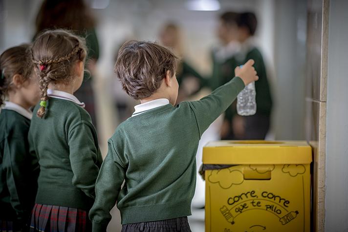 622 profesores de primaria se movilizan por el medioambiente de la mano de Naturaliza