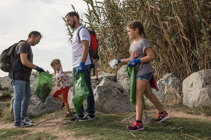 Hasta 40 kilos de basura marina se incorporarán al ciclo productivo como material de aislamiento