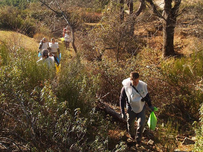 LIBERA lanza una nueva convocatoria para recoger y analizar la basuraleza de los entornos terrestres