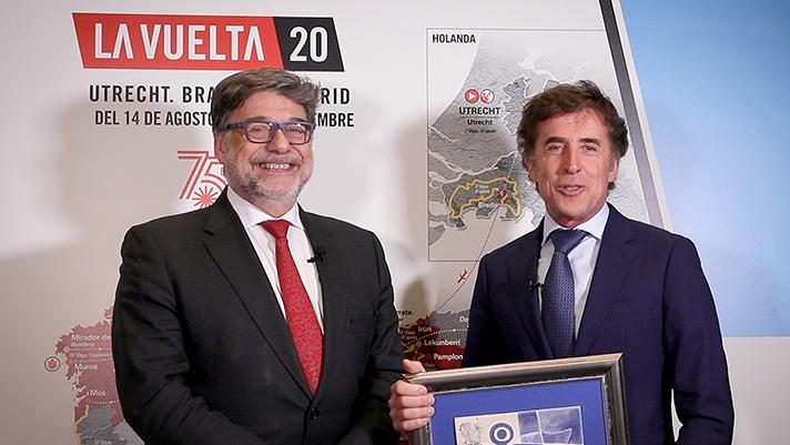 Los V Premios Recyclia de Medio Ambiente reconocen a Perico Delgado y a AMIAB, asociación dedicada a la inclusión de personas con discapacidad