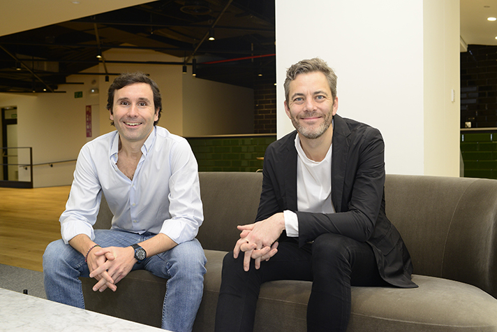 Andreas Thorsheim, CEO y fundador de Otovo, junto a Iñigo Amoribieta, máximo responsable en España de la compañía