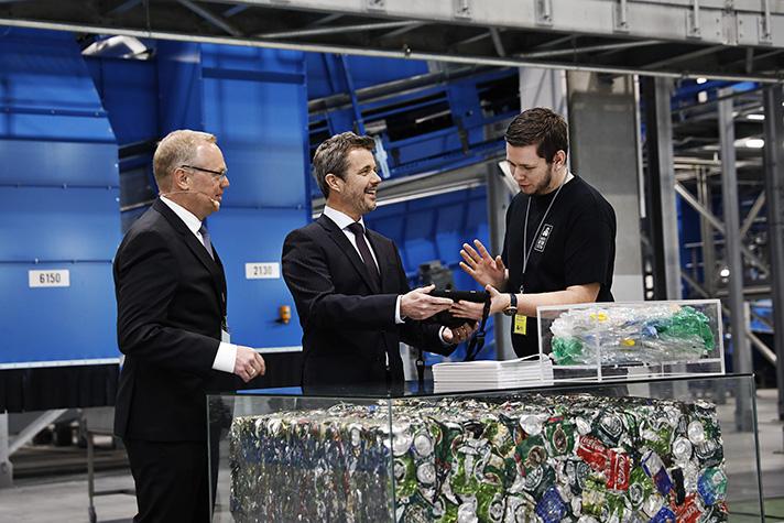 Lars Krejberg Petersen, Director General de Dansk Retursystem dirigió la ceremonia de inauguración de la planta, que se celebró el pasado 10 de marzo