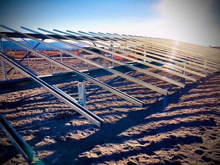 Esasolar concluye el suministro de la estructura para la nueva planta fotovoltaica de Acciona de Usya en Chile