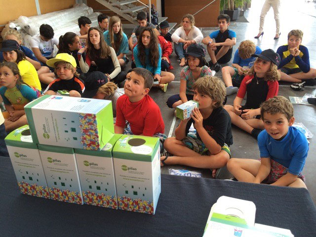 Clubes y escuelas náuticas de toda España recogen 1.200 kilos de pilas usadas para su reciclaje