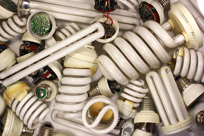 FECE y Ambilamp llegan a un convenio de colaboración para la gestión de residuos de iluminación