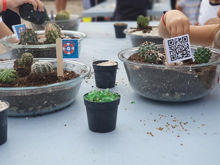 La campaña 'Un mar de posibilidades' recoge más de una tonelada de residuos electrónicos y pilas usadas en Murcia