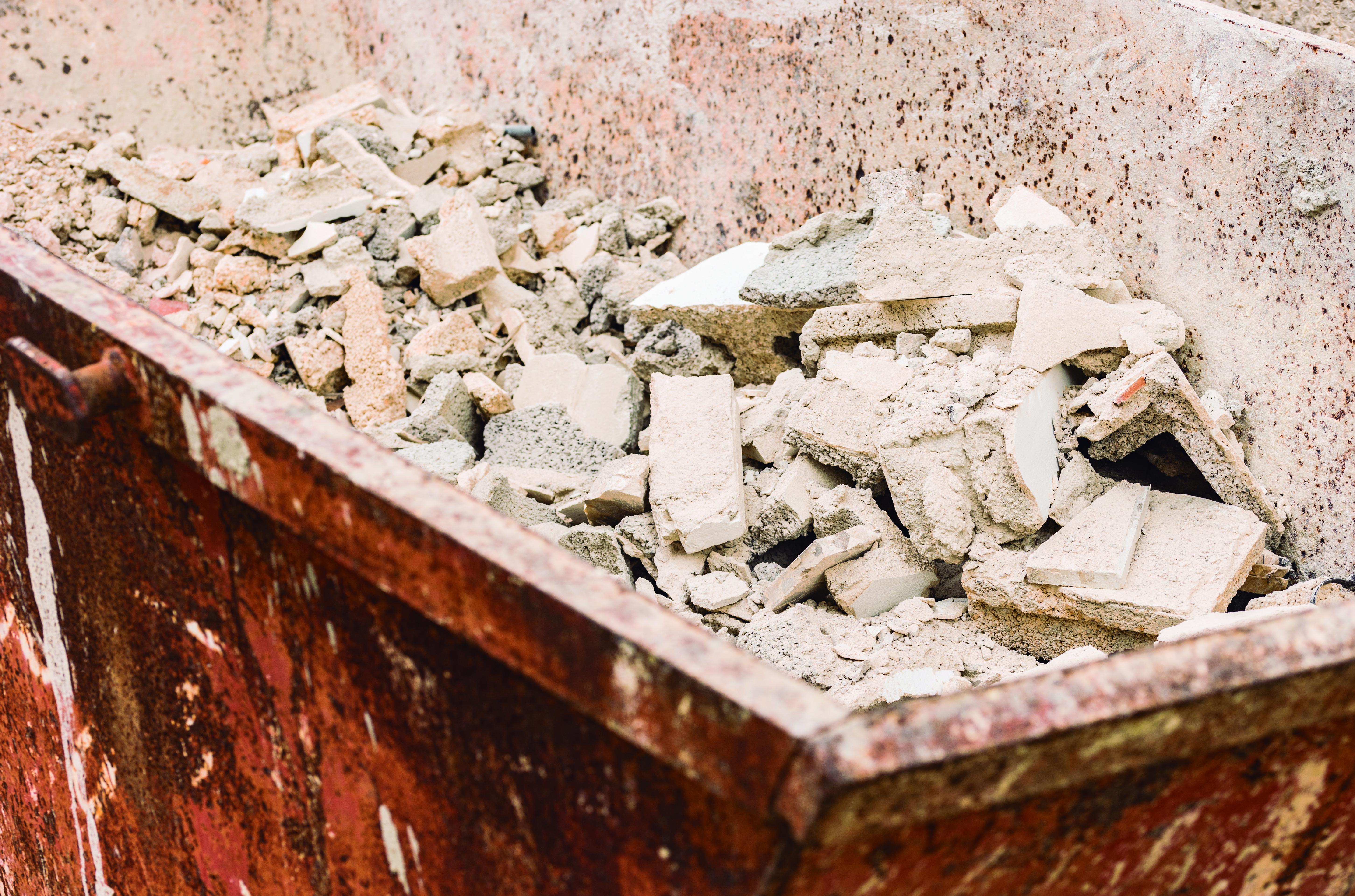 Guía de residuos de CSCAE y CGATE: las obras de construcción deberán informar de los residuos que prevén producir