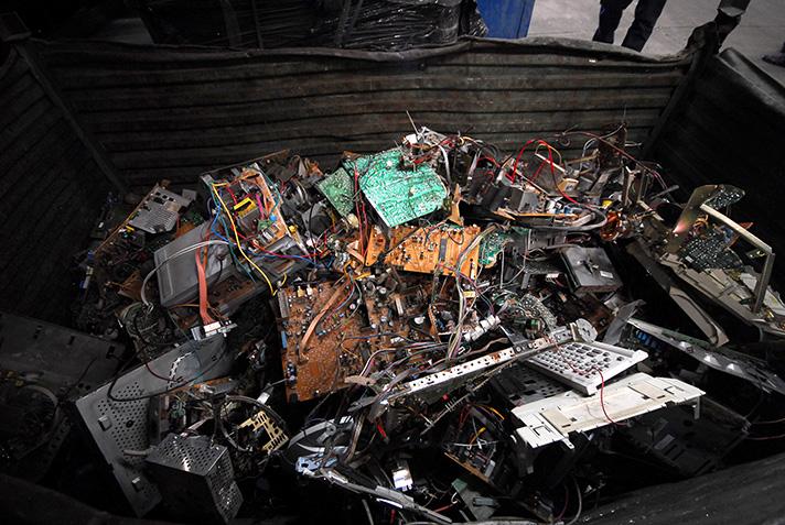 El reciclaje de aparatos electrónicos y pilas resistió en 2020 pese a la pandemia