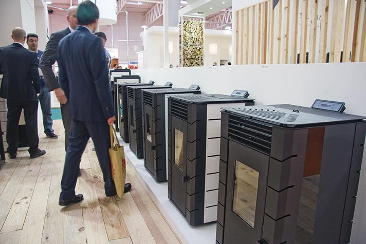 La Asociación Española de la Biomasa ha presentado dos proyectos al Gobierno de España para construir hasta 100 nuevas redes de calor con biomasa local