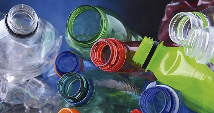 En España, en principio, el Gobierno ya ha considerado en los presupuestos generales del estado el impuesto a los productos plásticos de un solo uso