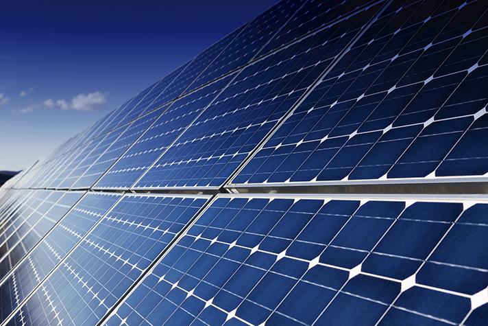 Sistemas de energía solar fotovoltaica: Casos de éxito en España