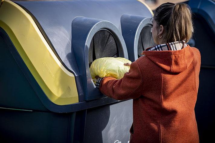 Promovido por Ecoembes y en colaboración con COGERSA, el proyecto SmartWaste recopila datos a lo largo del proceso de recogida y selección de residuos