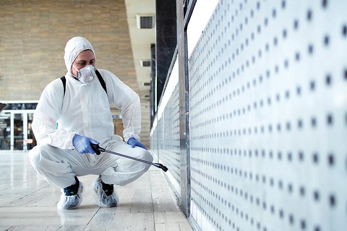 La acción de la desinfección de espacios ha sido fundamental para impedir el incremento de los contagios durante los momentos más críticos de la pandemia