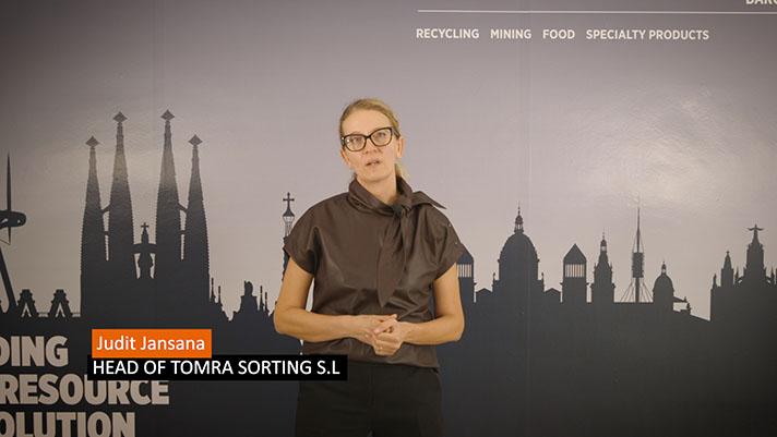 Judit Jansana, directora para España y Portugal de TOMRA Sorting Recycling, durante la presentación